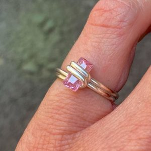 EMBRACED STONE RING